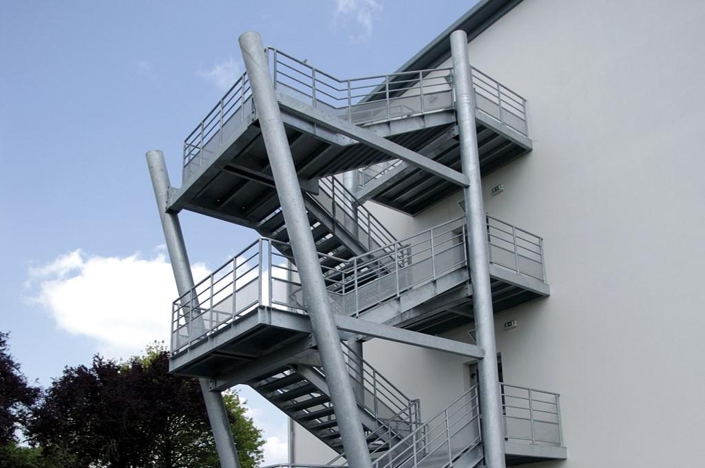 Escalier métallique de secours