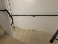 Main courantes pour cage d'escalier béton